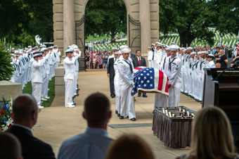 Chattanooga funeral for fallen Sailor, Randall Scott Smith